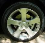 pneu Nissan 5 repair montreal